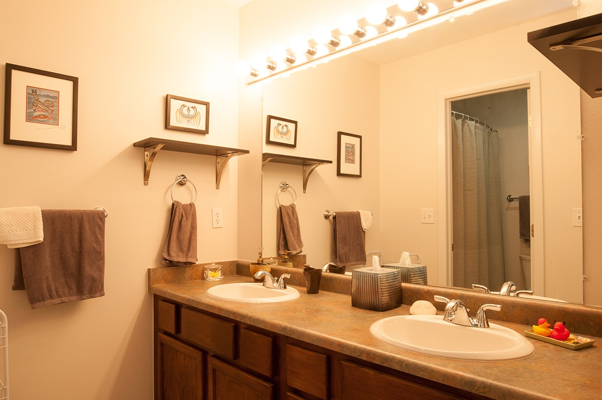 Bath for Second Bedroom - 75 Salt Lick Place