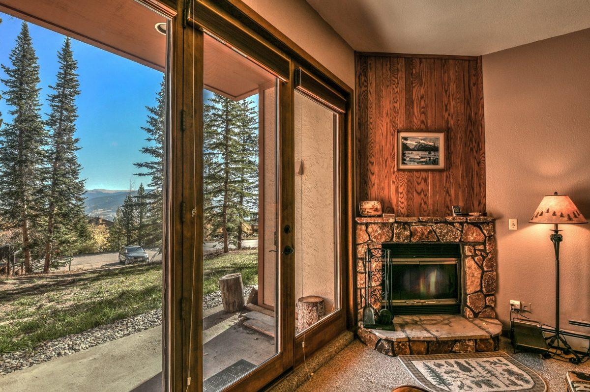 Fireplace & Patio
