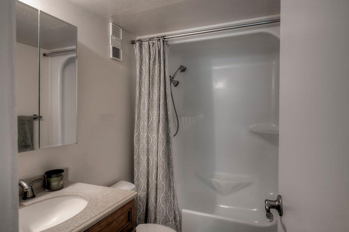 Bathroom - Treehouse A-206 Wildernest Condo for Sale