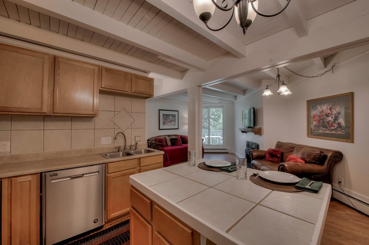 Center Island - Treehouse A-206 Wildernest Condo for Sale