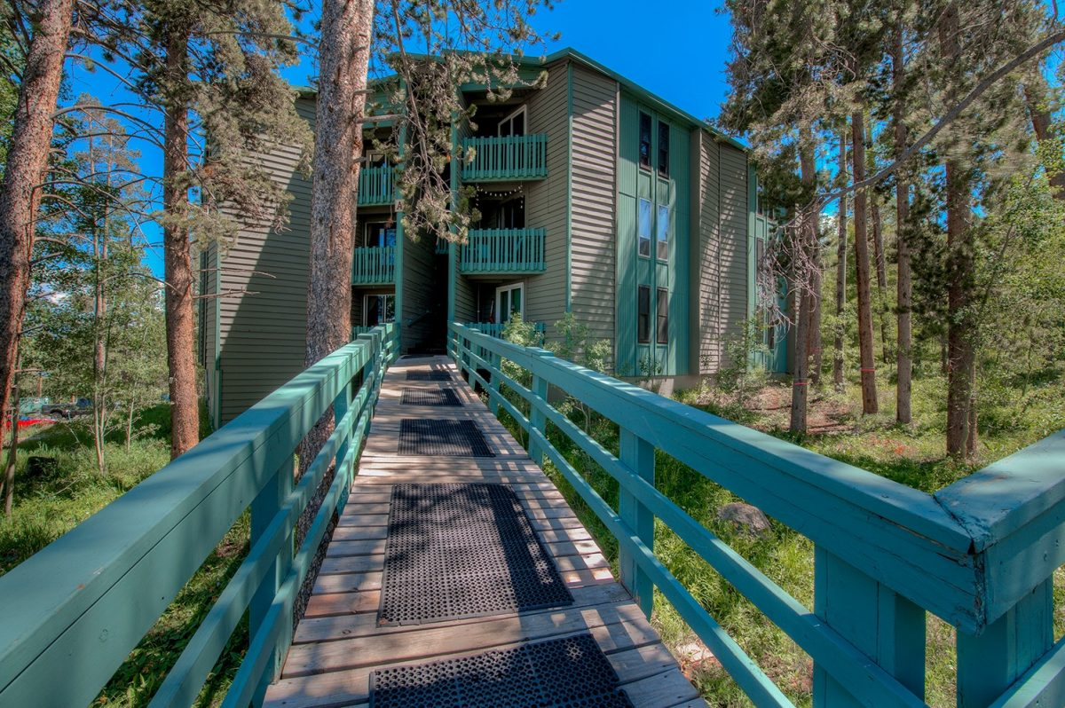 Exterior - Treehouse A-206 Wildernest Condo for Sale
