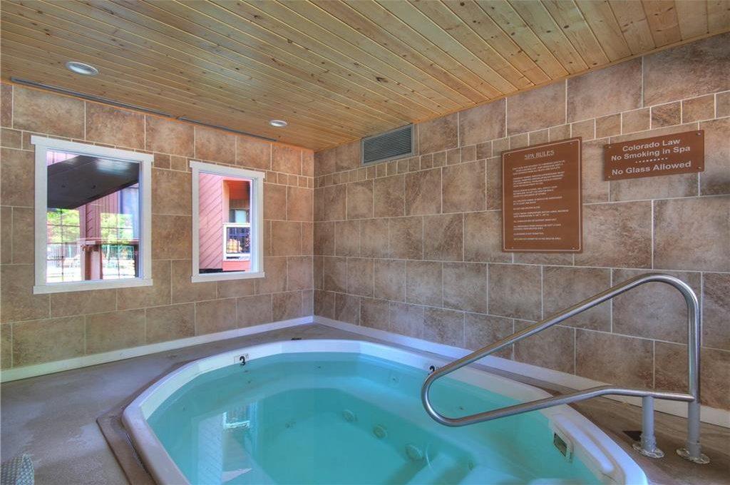 Hot Tub - Wild Irishman Complex