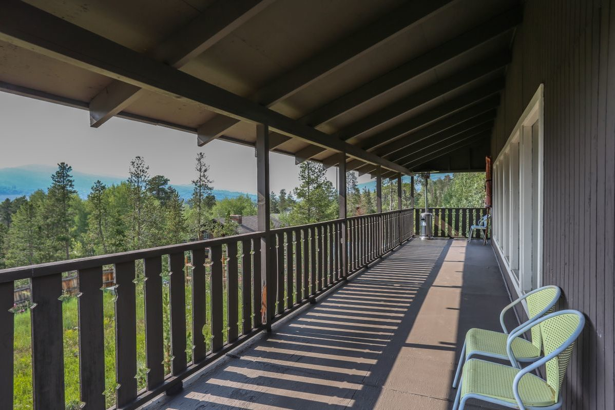 Second Level Deck - 809 Palmers Drive
